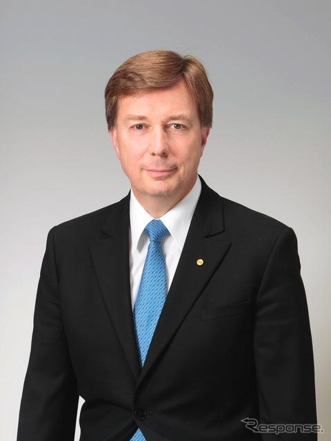 Didier Leroy, senior officer