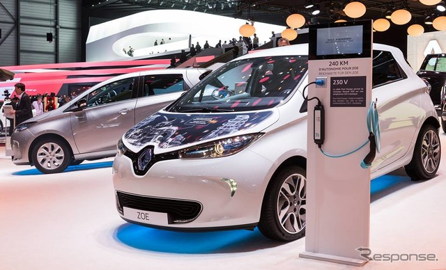 Improved model of Renault ZOE (Geneva Motor Show 15)