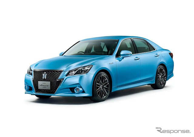Toyota Crown Athlete S Sky Blue Edition