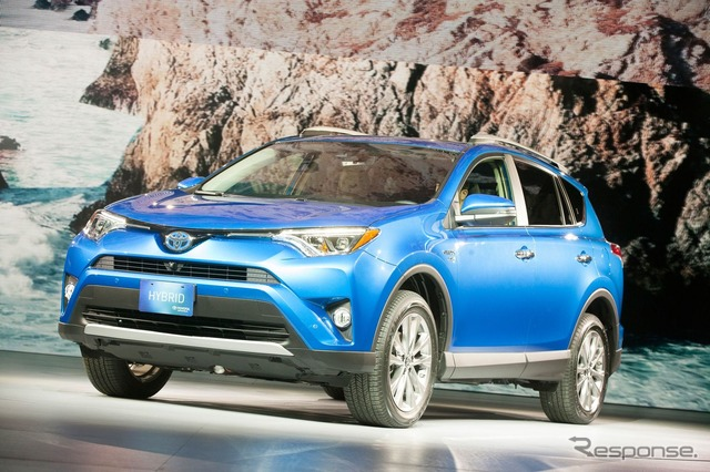Toyota Rav 4 (New York Motor Show 15)