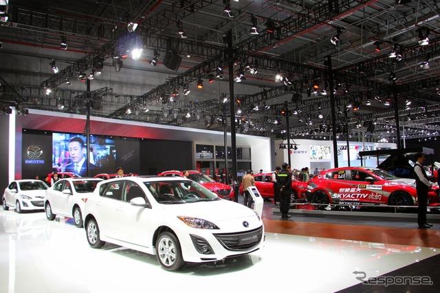 Mazda (salón del automóvil de Shanghai 15)