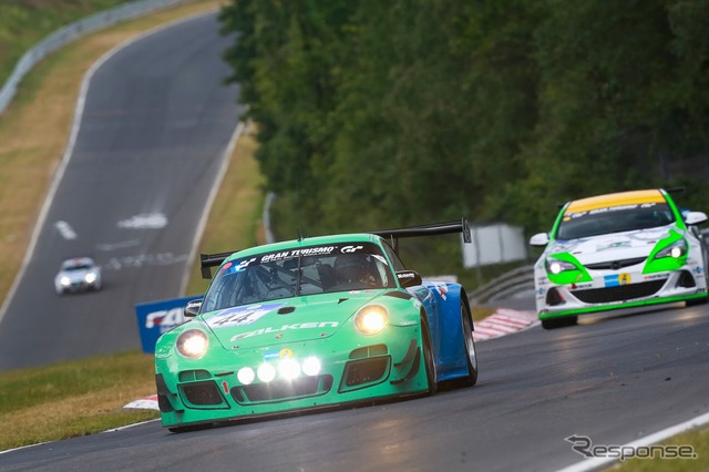 This year also participated in the Nürburgring 24-hour race Falken