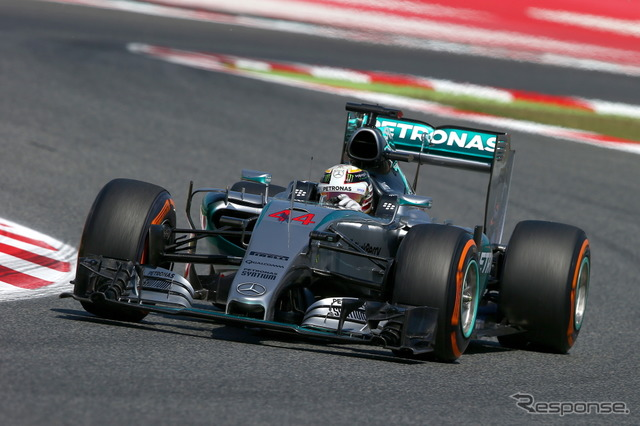 Spain GP first day top Lewis Hamilton