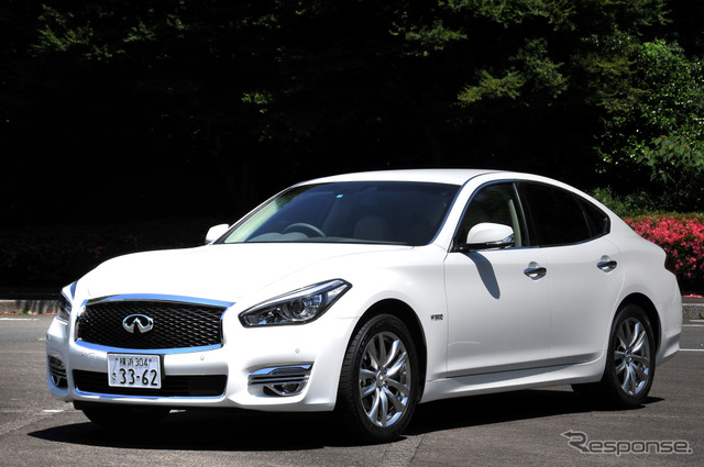 """Nissan Fuga Hybrid Review: """"Has world-class performance and quality, but its packaging needs a little work"""" by Yoichi Moroboshi"""