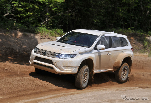 Mitsubishi Outlander PHEV Baja Portalegre 500 race vehicle shake down tests