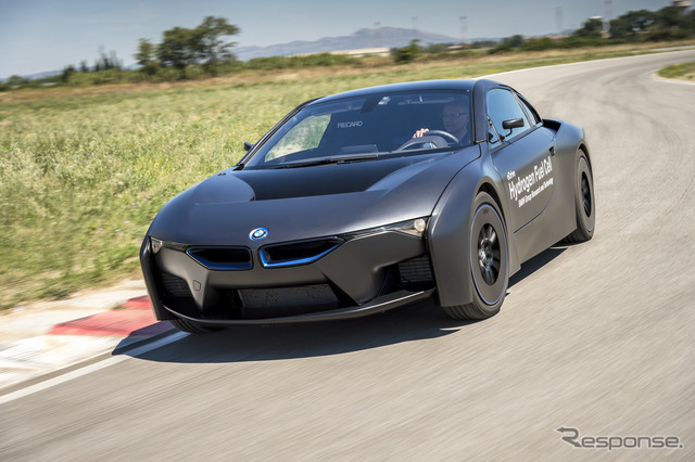 BMW i8 fuel cell prototype vehicles