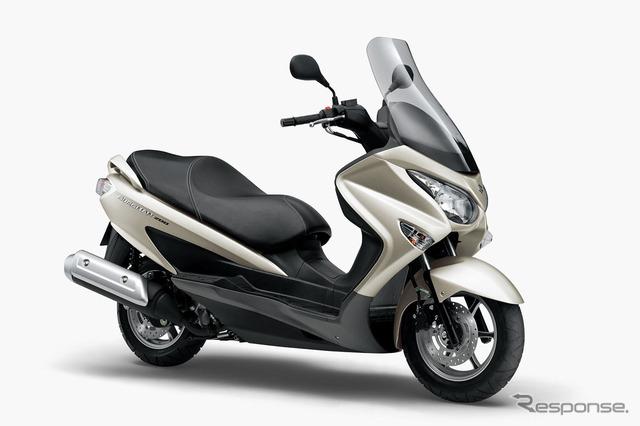 Suzuki Bergman 200