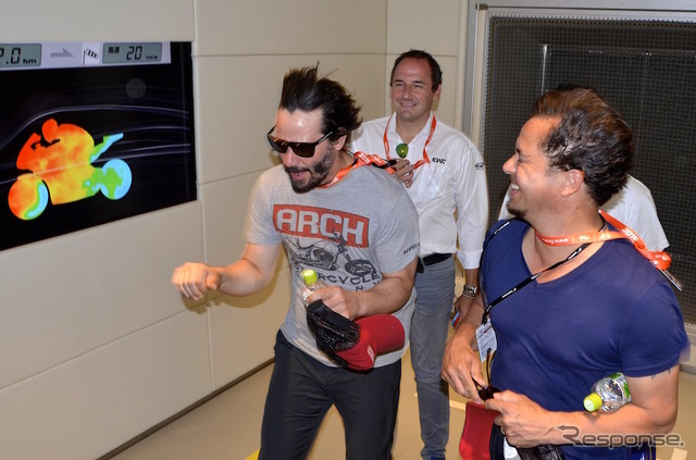 "Hollywood actor Keanu Reeves At the Suzuka circuit in ""racing theater"""