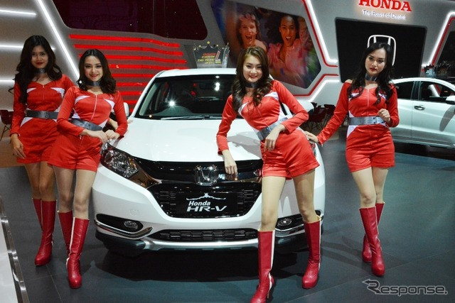 Honda HR-V 1.5L E CVT Limited Edition (2015 Jakarta Motor Show)