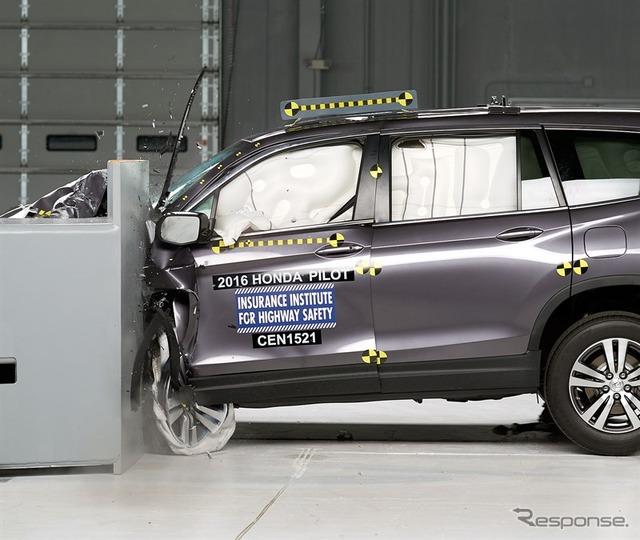 New Honda Pilot us IIHS crash test