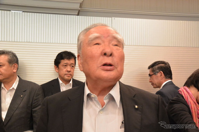 Suzuki Osamu Suzuki, Chairman