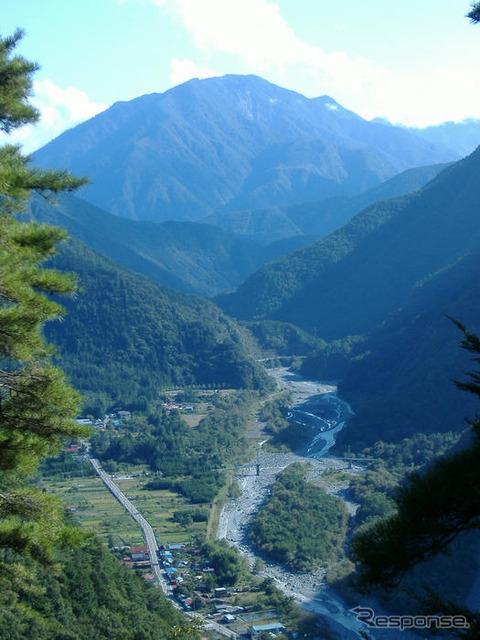 """Birthplace ภูเขาและ Pajero forest regeneration กิจกรรม """"Hayakawa เมืองจะดำเนินการ"""