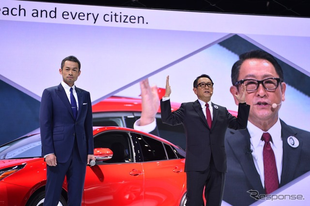Toyota President, Ichiro and surprise co-star (Tokyo Motor Show 15)
