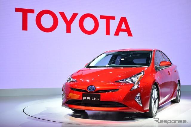 Toyota Prius (Tokyo Motor Show 15)