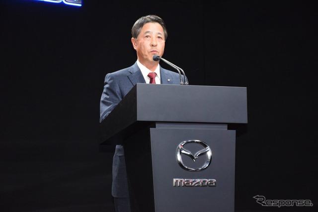 President of Mazda Shepherd (Los Angeles motor show 15)