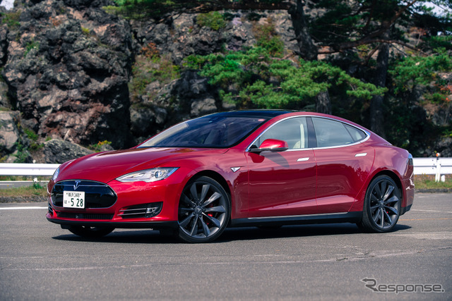 Tesla model S P85D (the reference image)