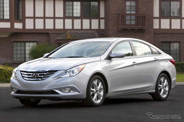 Its predecessor is the Hyundai Sonata