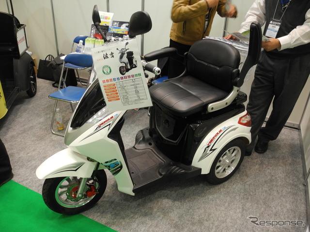 "Mobile Japan solo seat for electric mini-car ""sakichi Toyoda'"