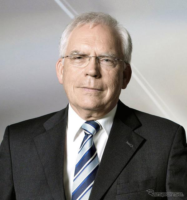 Ulrich Hackenberg กรรมการพัฒนาเทคโนโลยีสำหรับออดี้