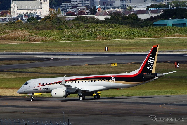 How the MRJ (Mitsubishi Regional Jet) flown