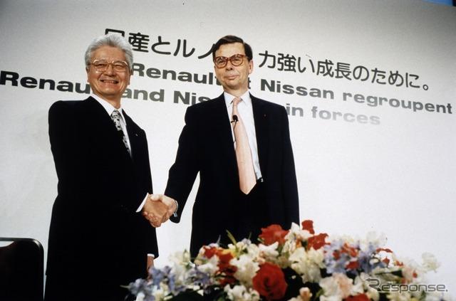 Nissan's former President Yoshikazu Hanawa (left)