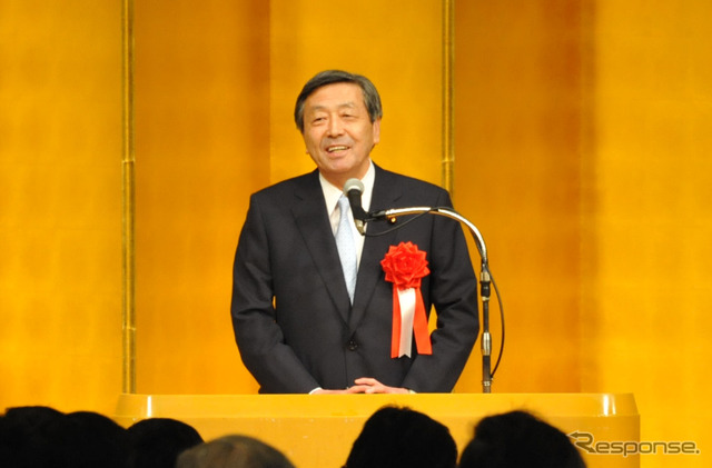 Automotive industry association new year greeting the year meetings of the standing forest, Mikio Minister (5, Shinagawa-ku)