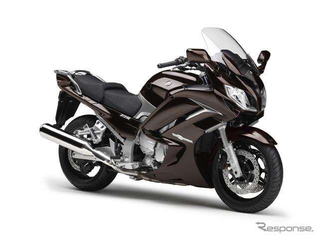 オートバイは250ccこそが攻守共に最強 原付と税金大差無いのに車検も無く高速も走れる 幹線道路も楽々