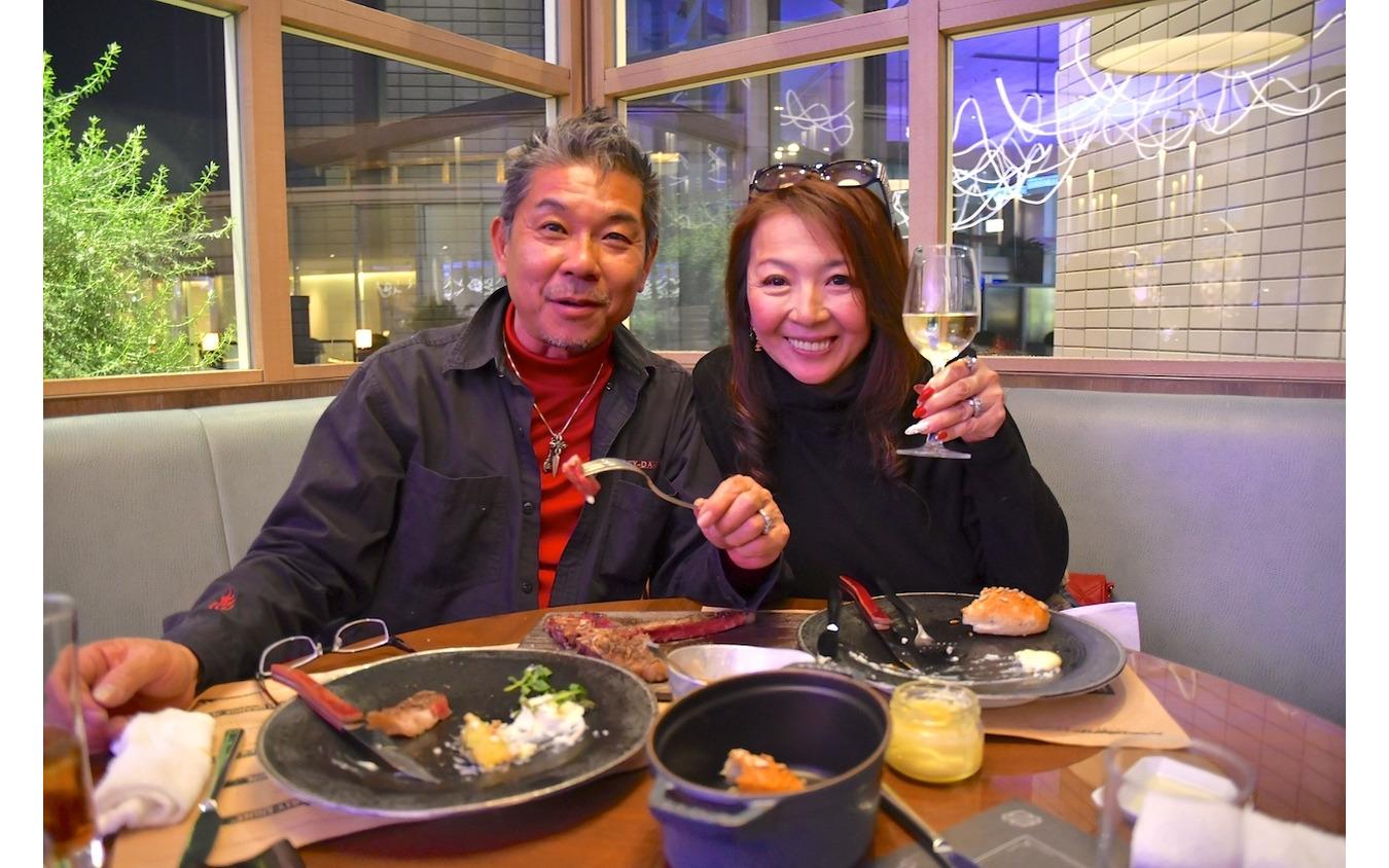 「Taste of Freedom」プレビューナイトに参加した木田ご夫妻。