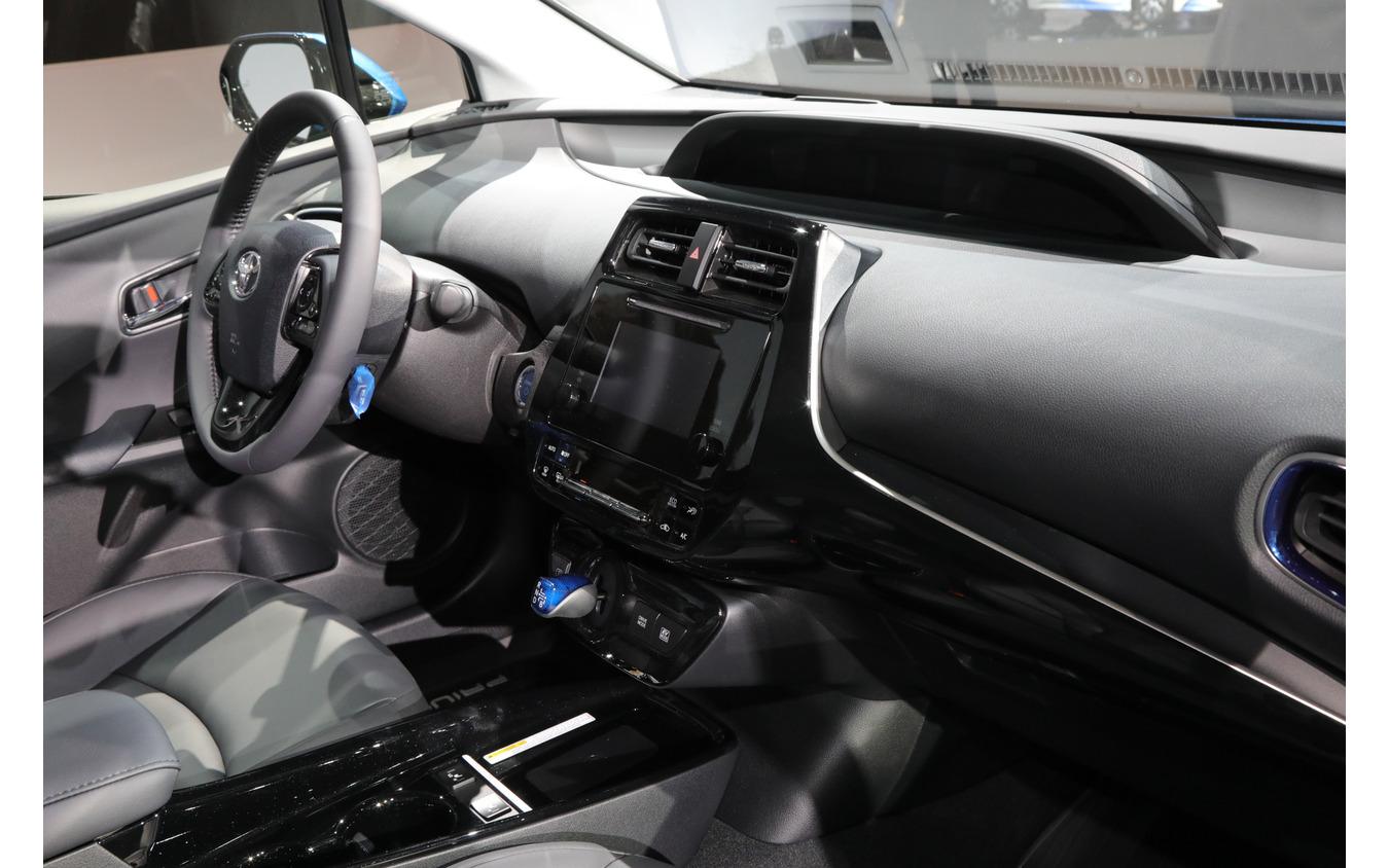 トヨタ・プリウス の2019年モデル(ロサンゼルスモーターショー2018)