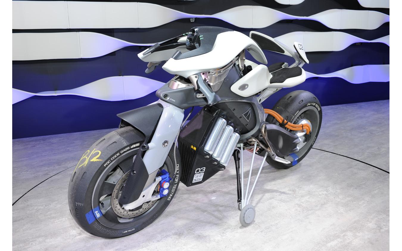 ヤマハ MOTOROiD(東京モーターショー2017)