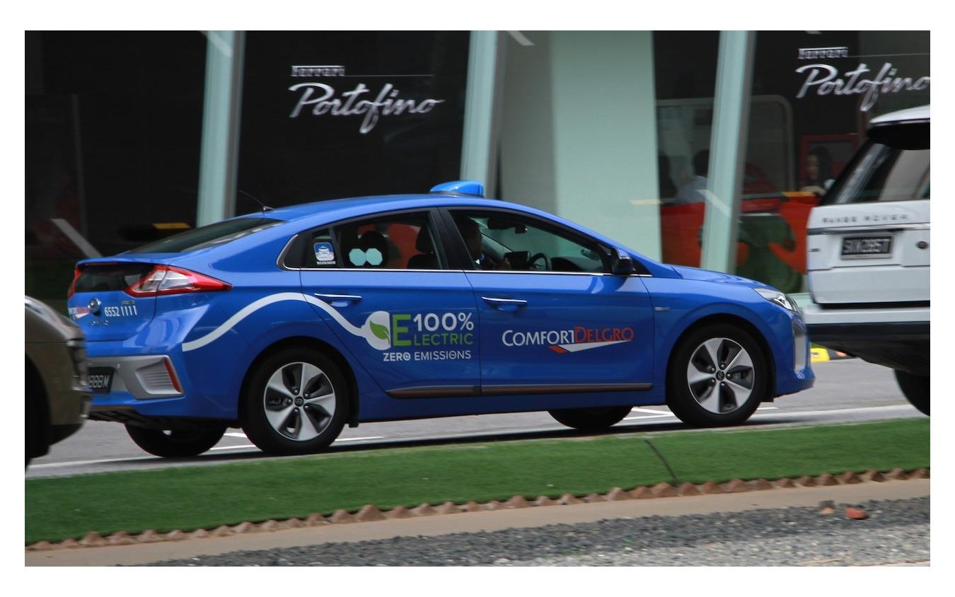 既存の大手タクシー会社も EVの導入などでグラブに対抗
