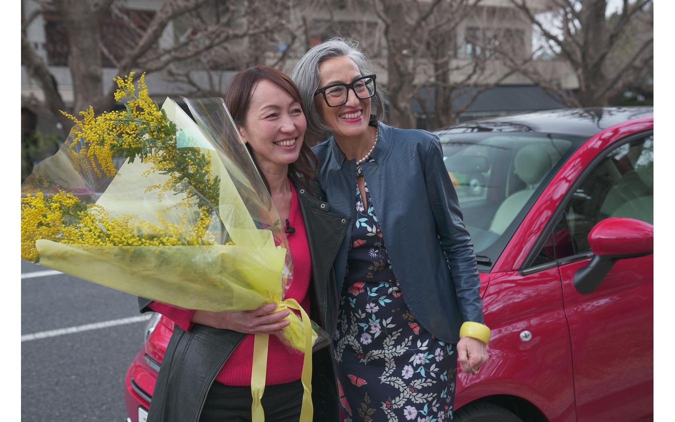 3/8の国際女性デーは、別名「ミモザの日」とも呼ばれ、大切な人へミモザの花を贈る風習があるのだとか