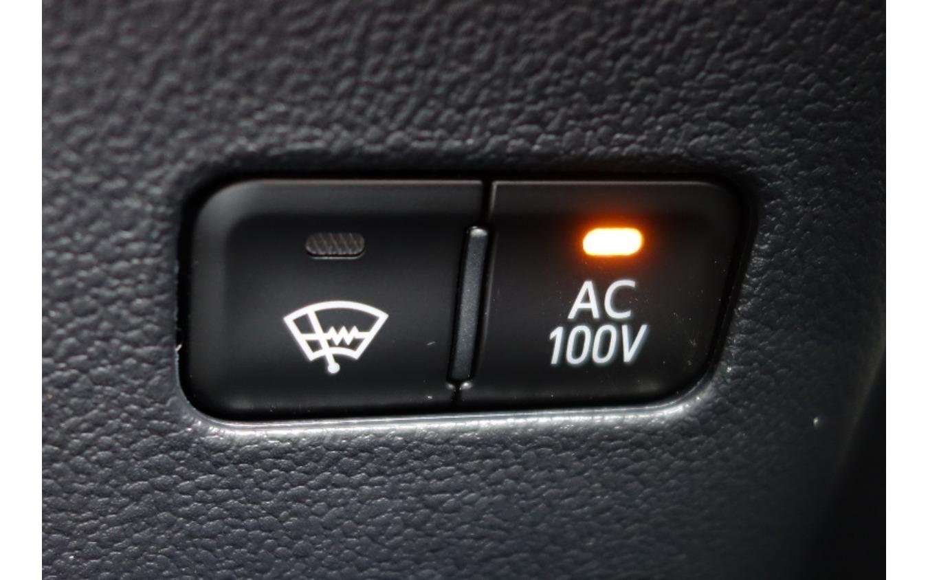 【青山尚暉のわんダフルカーライフ】電動車時代にドッグフレンドリーカーとして適しているのはEV? PHV?