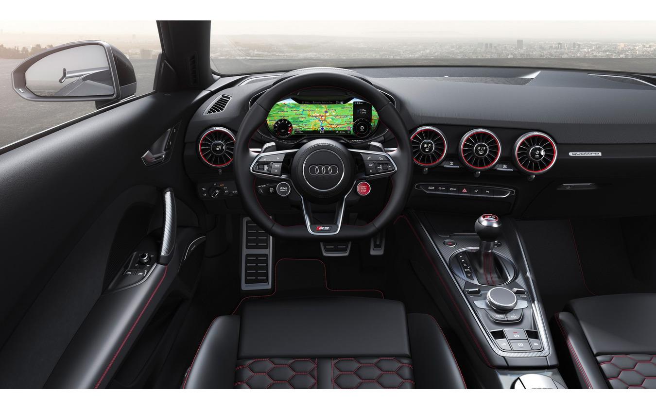 アウディ TT RS ロードスター 改良新型