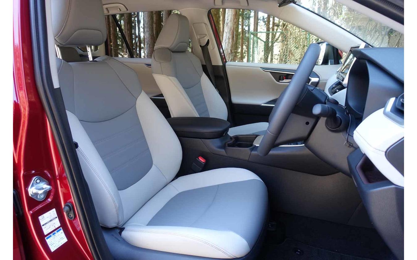 トヨタ RAV4ハイブリッド 新型