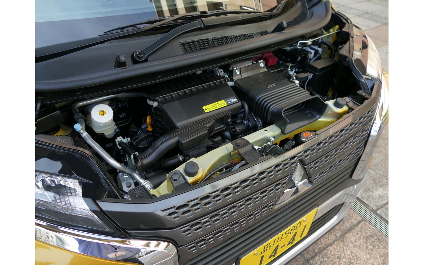 三菱 ekクロス(T 4WD)