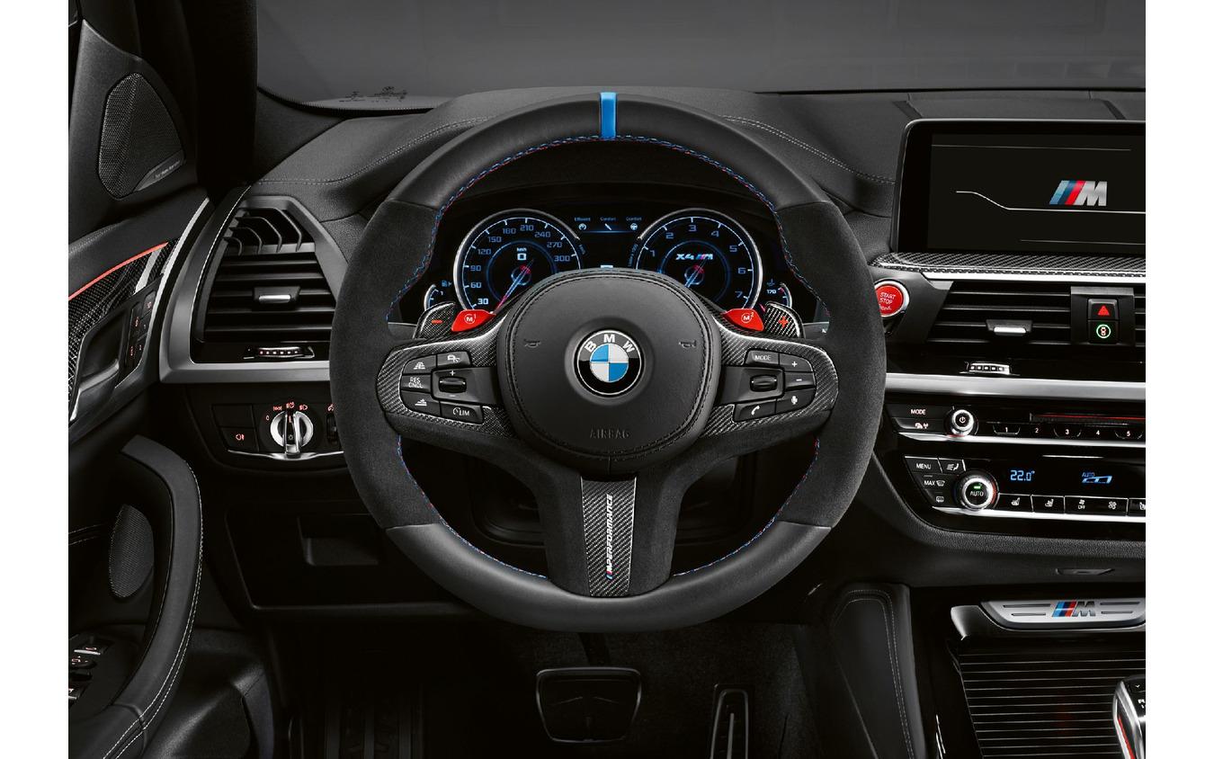 BMW X4M のMパフォーマンスパーツ