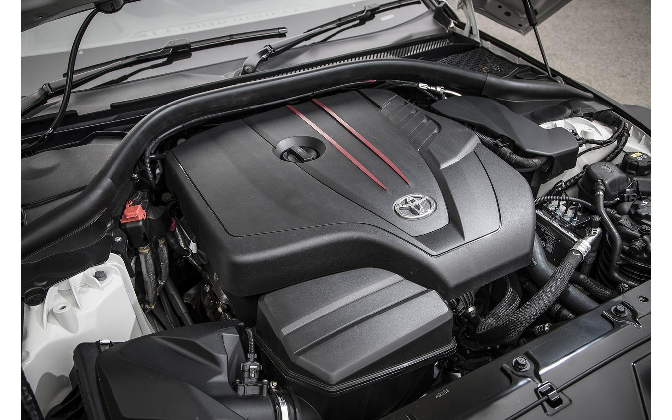 トヨタ スープラ 新型の2リットル直4エンジン