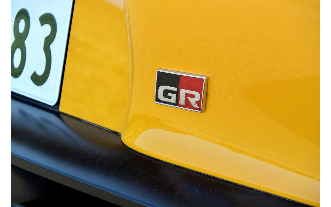 トヨタ スープラはGR専用ブランド第1号車。リアバンパー上にはチューンナップモデルと同様、GRのエンブレムが付く。