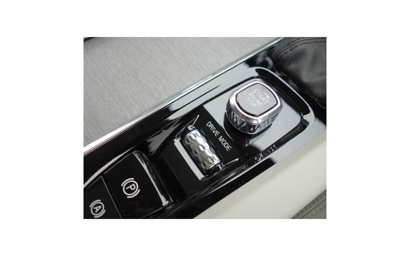 ボルボ V60 クロスカントリー