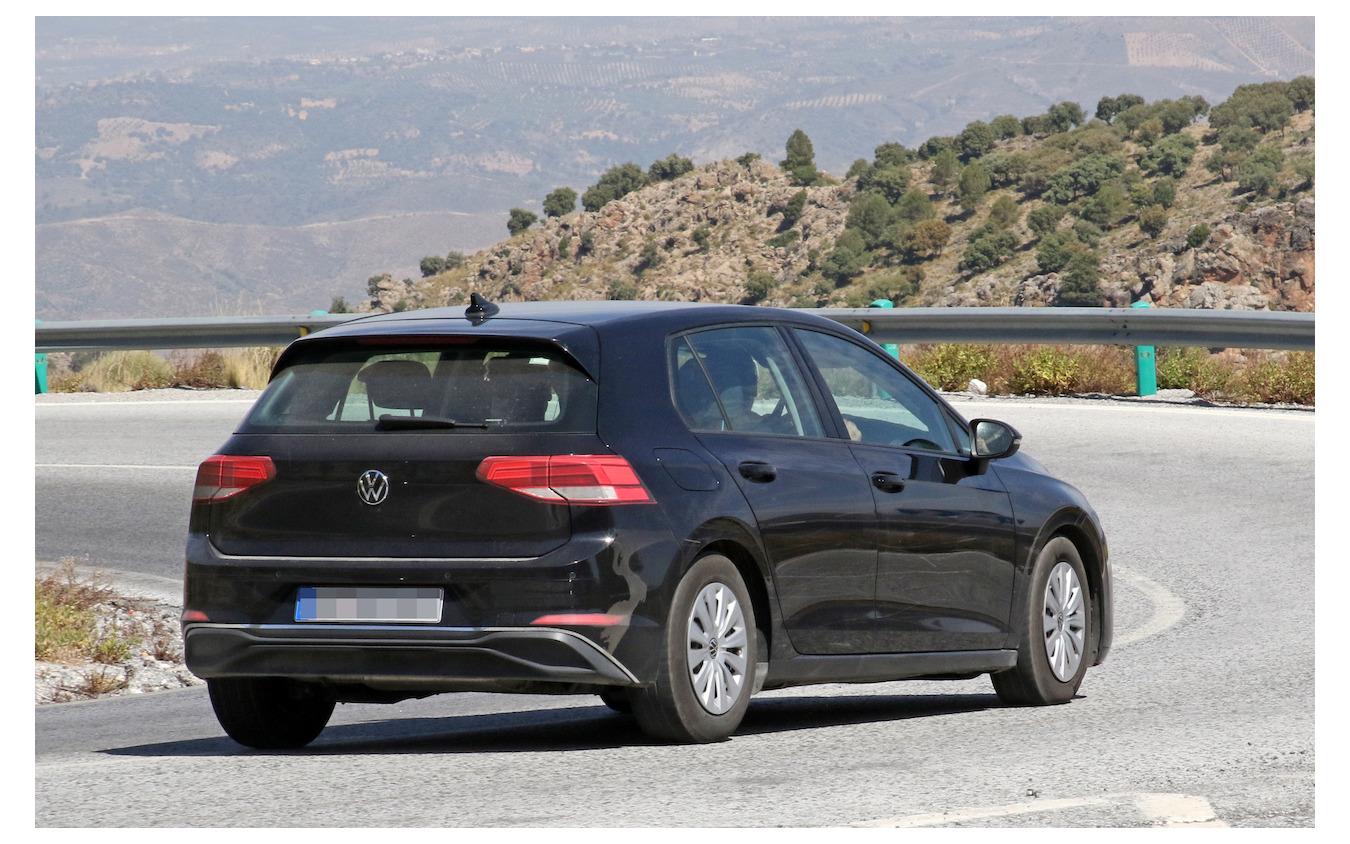 VW ゴルフ 新型(ゴルフ8)スクープ写真