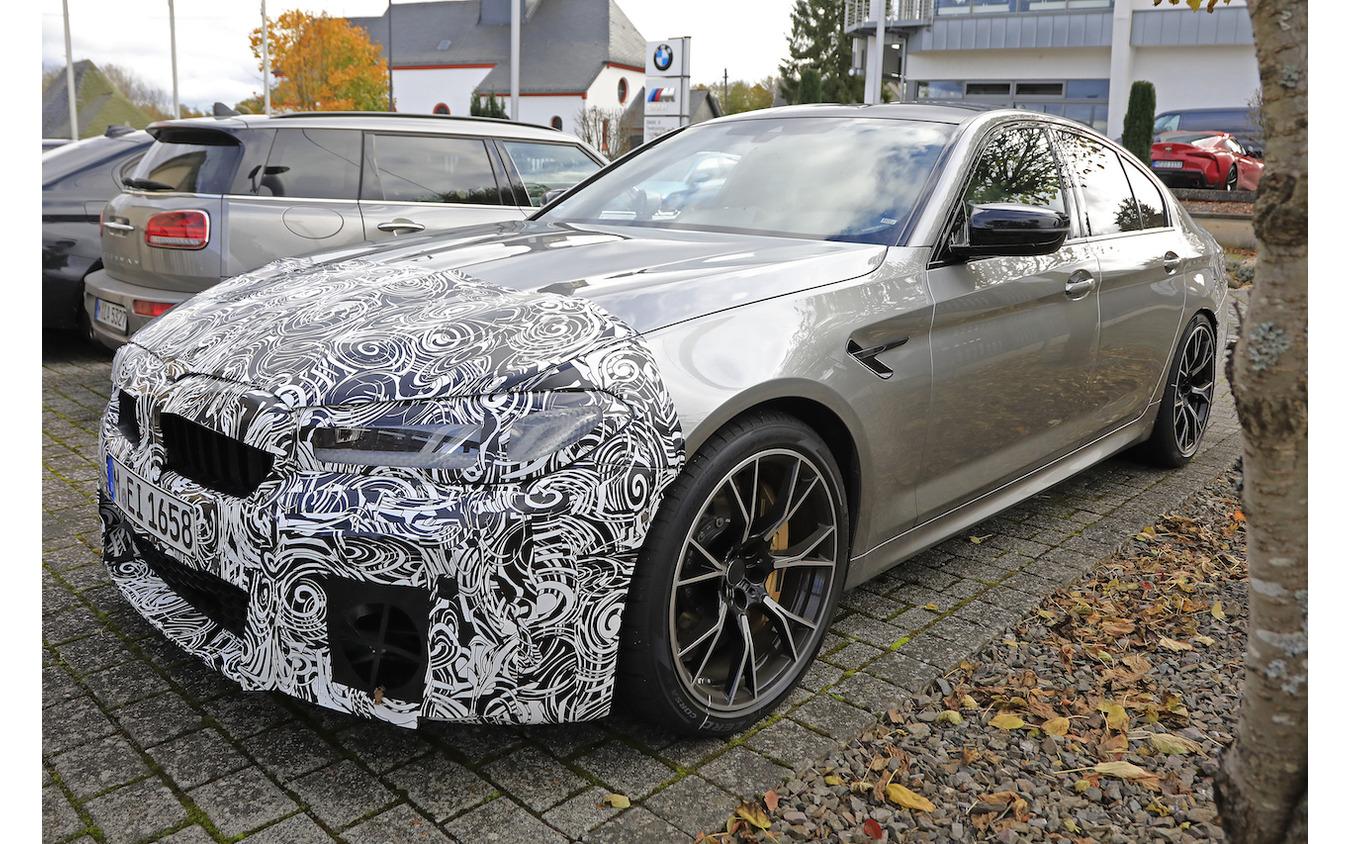 BMW M5セダン 改良新型 スクープ写真