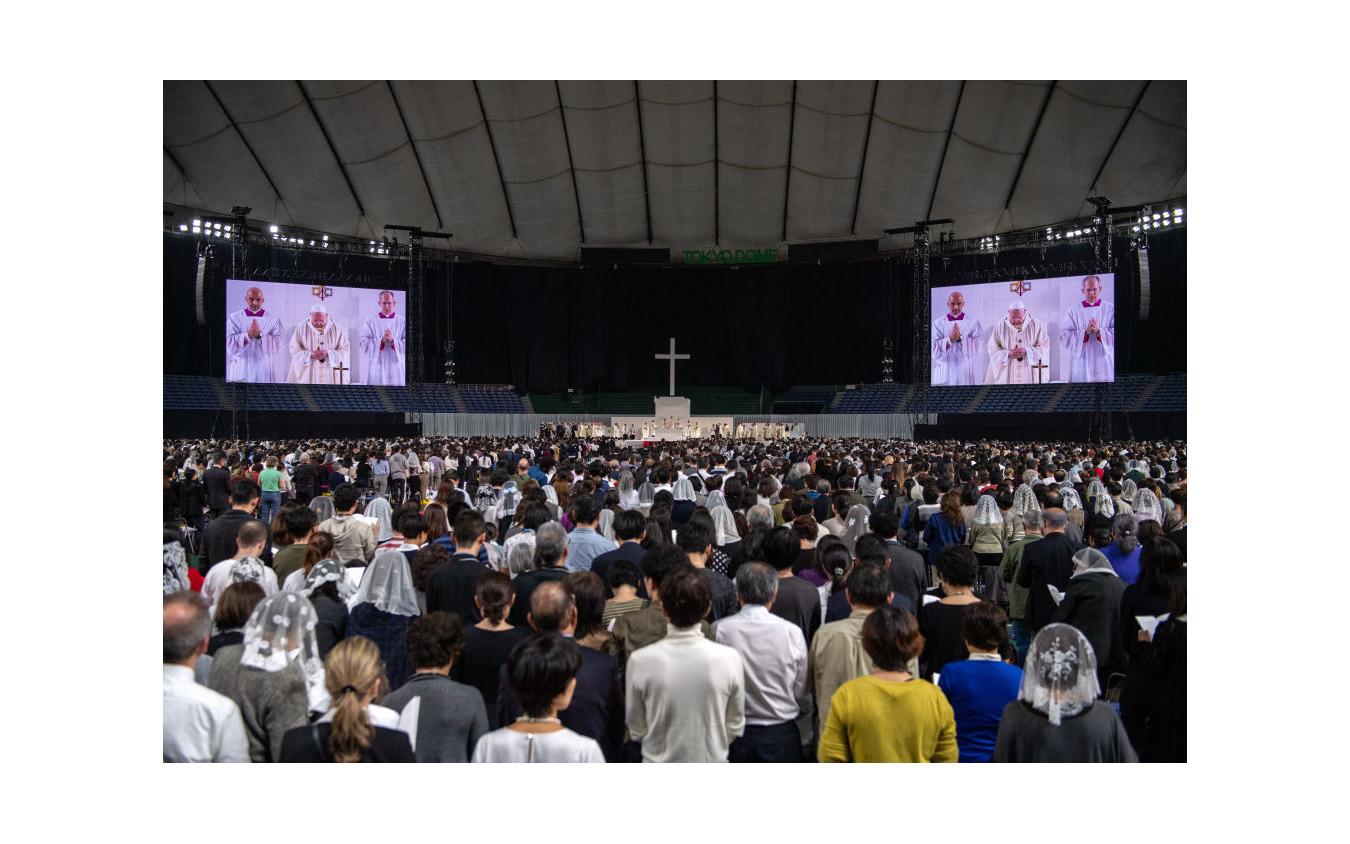 ローマ教皇、東京ドームでミサ