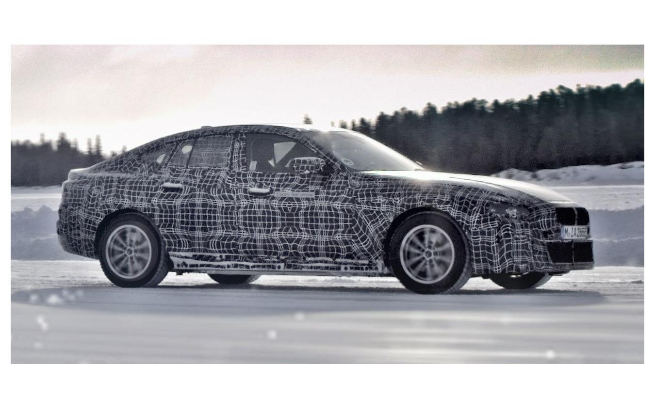 BMW i4 の開発プロトタイプ