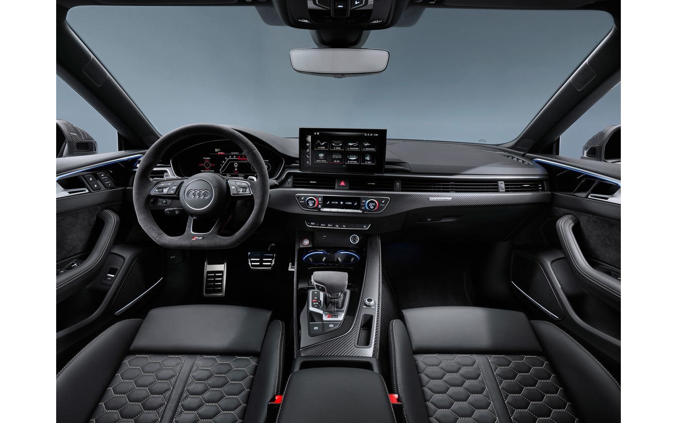 アウディ RS5 クーペ 改良新型