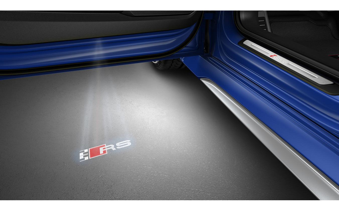 アウディのアニバーサリーパッケージ 25 イヤーズオブ RS