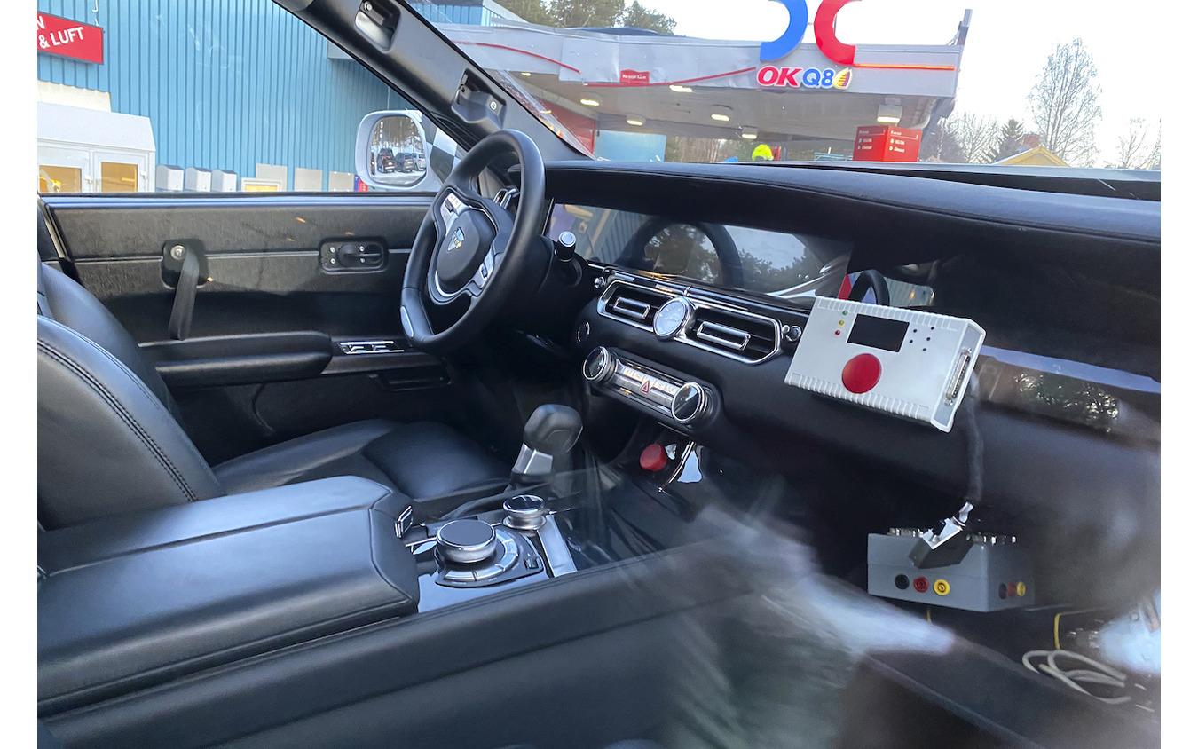 アウルス コマンダント(Aurus Komandant)開発車両 スクープ写真