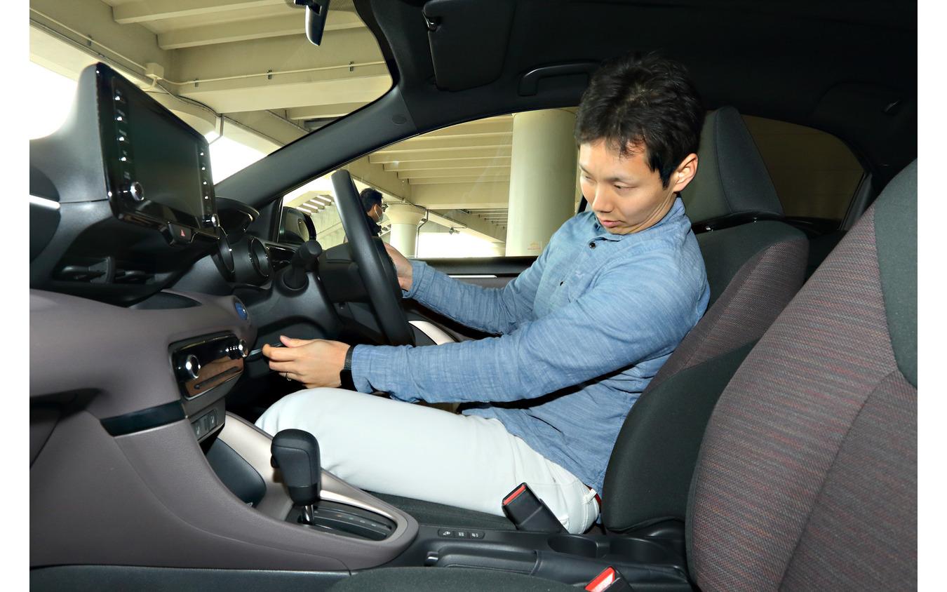 普段はカーシェアを利用しているが転勤を機にコンパクトカーを検討中だという後呂(うしろ)さん