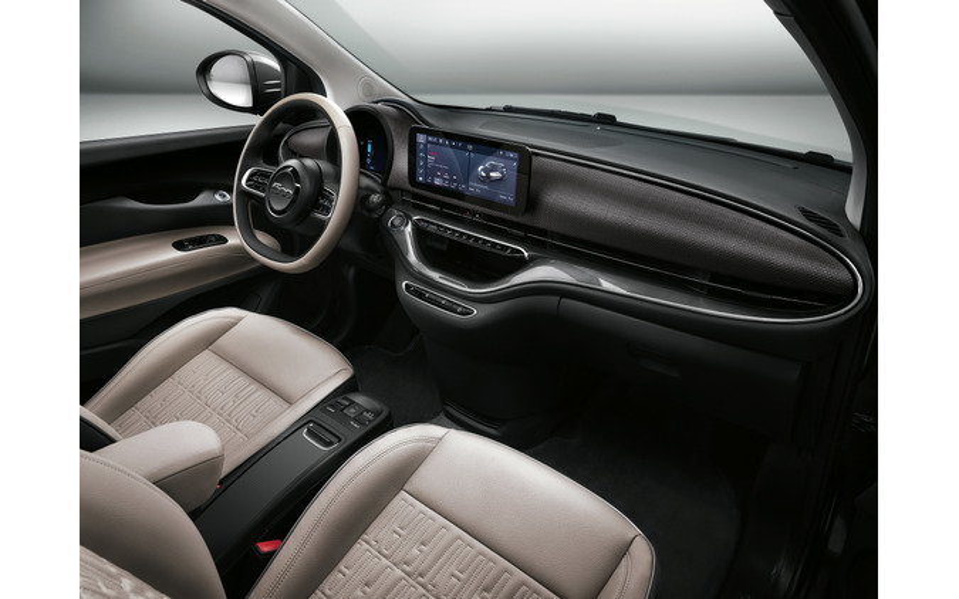 フィアット 500 新型のEV