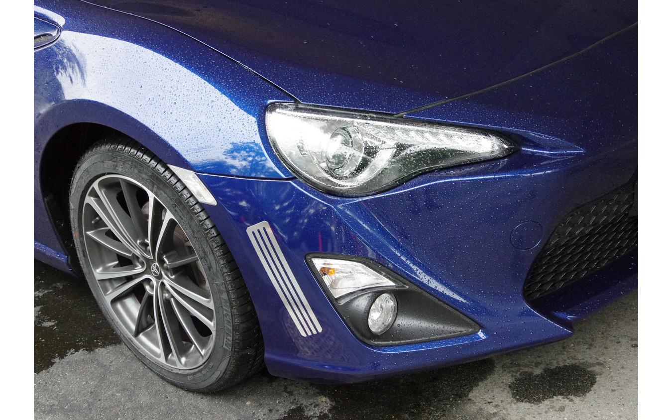 2016年にトヨタはアルミテープによって走行性能が向上することを発表した。(写真は当時のテスト車)